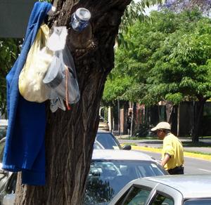 Men at work, Santiago Chile