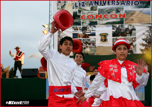 Dancers from Concón