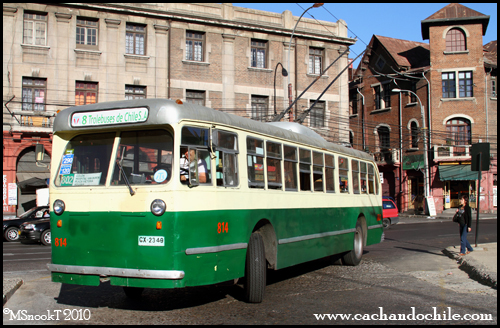 Trolebuses de Chile in Valparaíso date to 1952