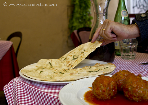 Focaccia & meatballs