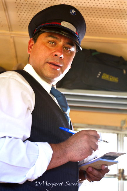 Conductor / Train / Ramal / Chile / © Margaret Snook