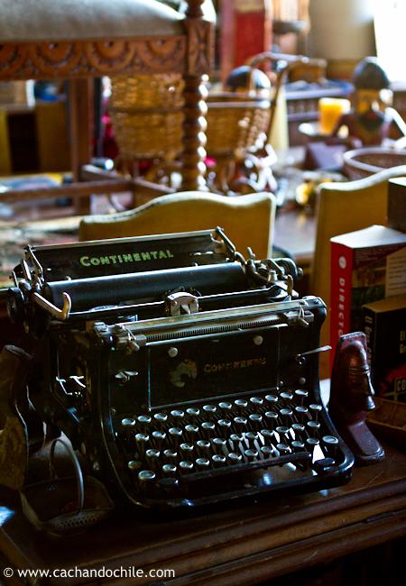 Typewriter © Margaret Snook 2011